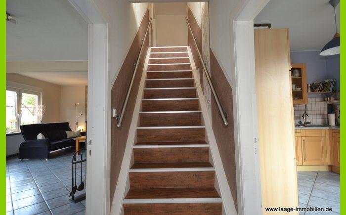 Die neue Treppe zum Obergeschoss.