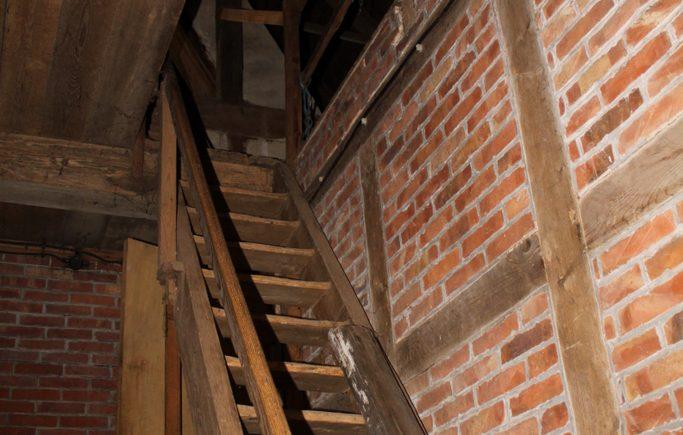 Aufgang Dachboden